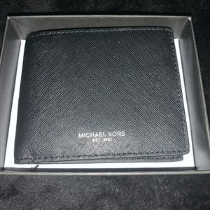 Micheal Kors black wallet